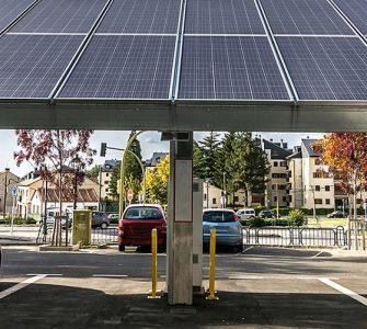 Sektorenkopplung von Photovoltaik und E-Mobilität